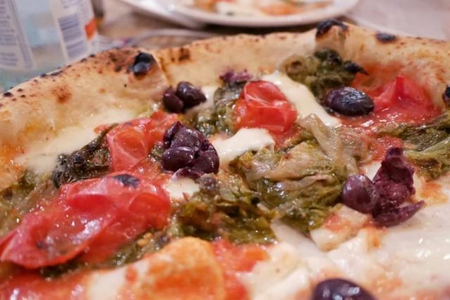 Giacomo Guido Pizza con scarola