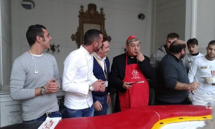 Il Cardinale Sepe al pranzo annuale per i poveri