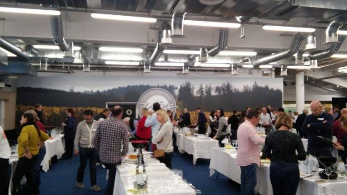 International Wine Challenge 2016, degustazioni in corso