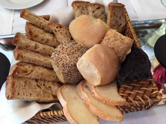La Cantinella sul Mare, il pane