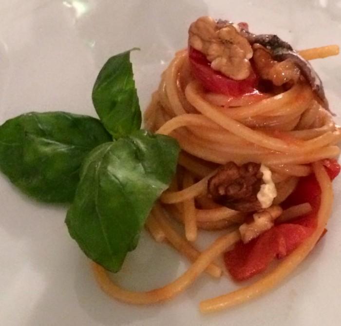 San Pietro, spaghetti noci,