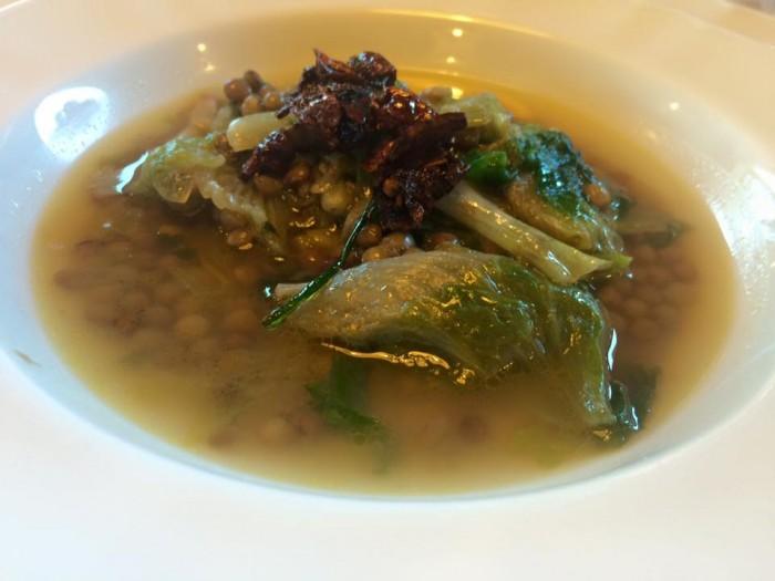 Tenuta Vannulo, zuppetta di scarole e lenticchie di Cicerale