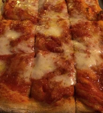 La pizza in teglia di Pro Loco DOL