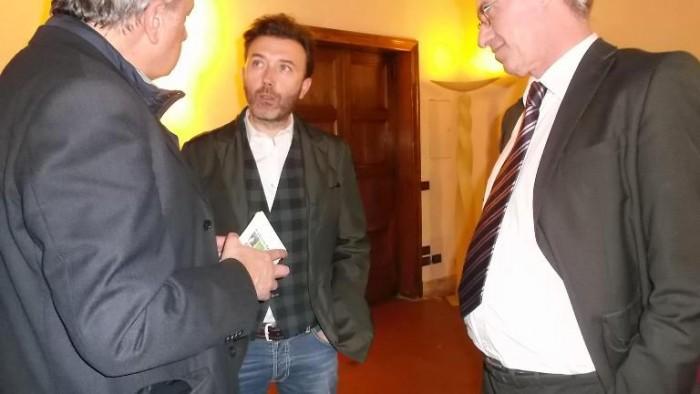 Comuni nel Vino all'Hotel Columbus, Vincenzo Mercurio (al centro)