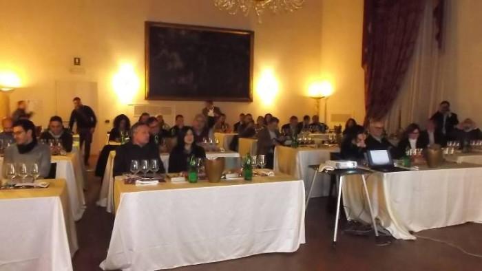 Comuni nel Vino all'Hotel Columbus, la sala degustazione