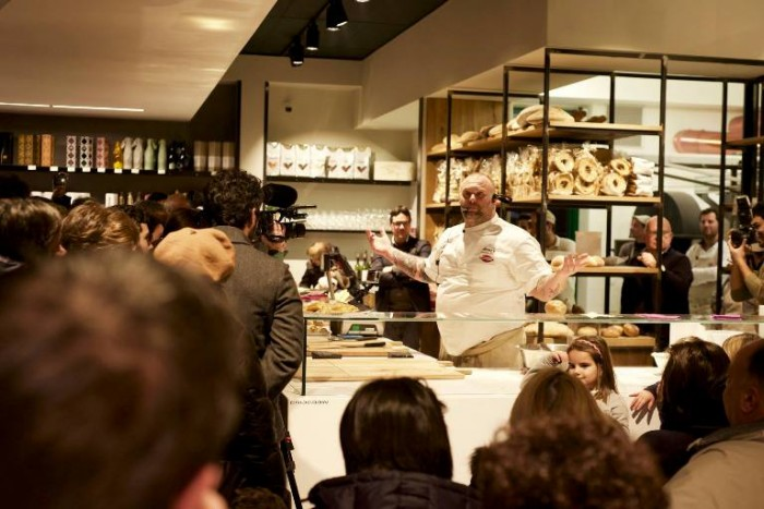 Gabriele Bonci a Storie di Pane durante lo show cooking