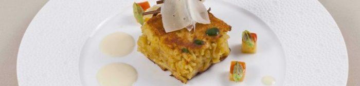 Pasta e patate con crema di provolone di Gennaro Esposito