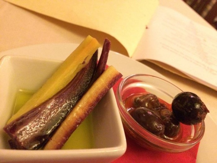 Perbacco, l'apristomaco con carota di Polignano e olive dolci