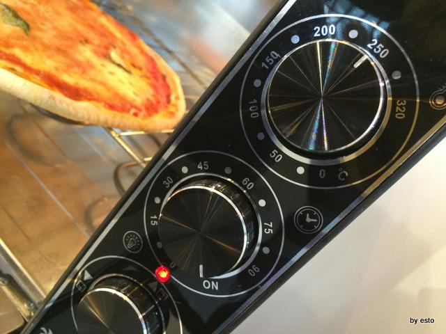 Vanvitelli Pizza & Food Gourmet.  Mauro Ramirez Pizza surgelata. Ripassata iin forno