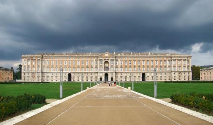 la Reggia di Caserta - immagine tratta da wikipedia.org