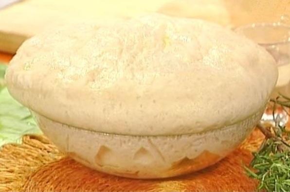la pizza di Bonci, l'impasto - immagine tratta da www.ricettemania.it