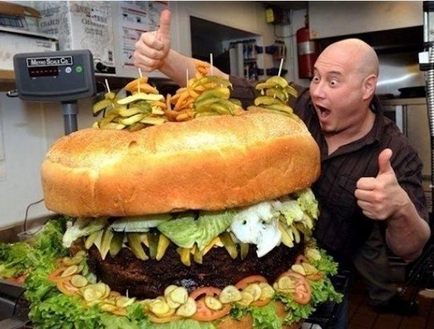 mega panino - immagine tratta da www.immaginidivertenti.org