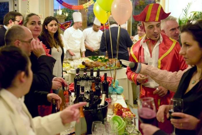 Alla tavola di Rugantino e Pulcinella, il banco dei vini