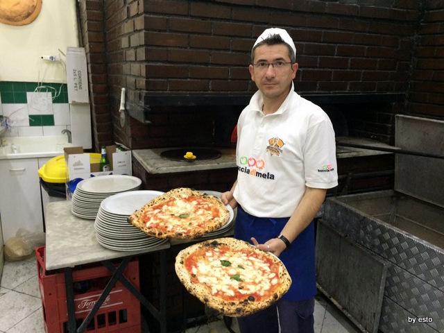 Da Michele Via Sersale le pizze
