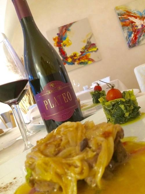 Il Plateo 2009 con filetto di marchigiana di Pianella, stufato di cipolla di Fara Figliorumpetri e rape ripassate all'aglio di Sulmuna