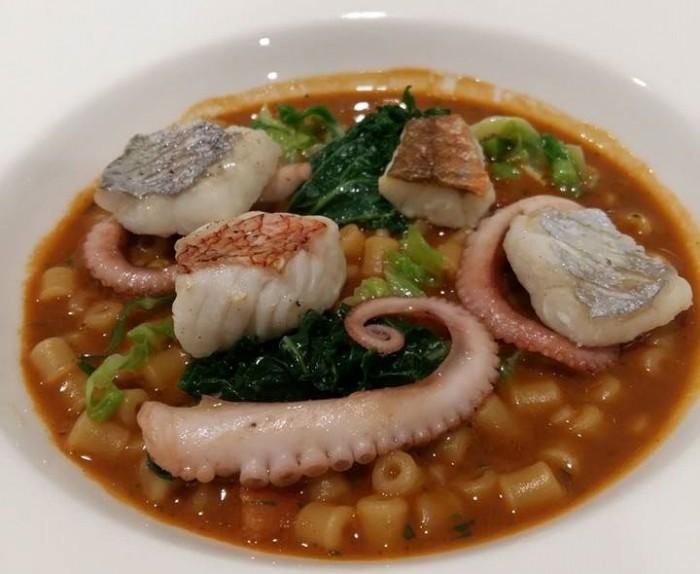 La Galleria, zuppa di pesce con verdure marinate