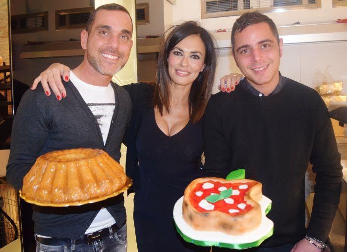 Maria Grazia Cucinotta con Marco e Fabio Infante