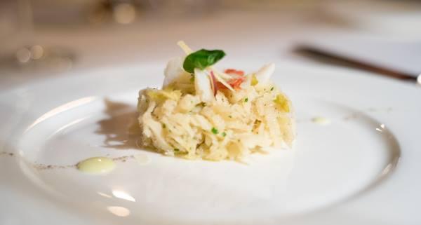 Osteria della Brughiera, baccalà cotto al vapore con centrifugato di cetriolo, basilico, parmigiano e oliva verde napoletana