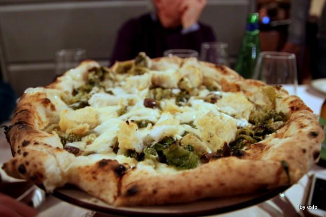 Pizzeria 18 Archi. Diego Vitagliano Pizza scarola e baccalà
