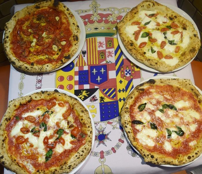 Pizzeria Al 22, le pizze borboniche
