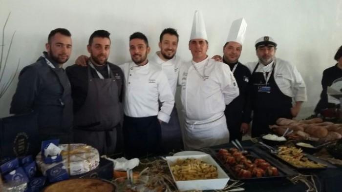 Salvatore Avallone e il gruppo di lavoro