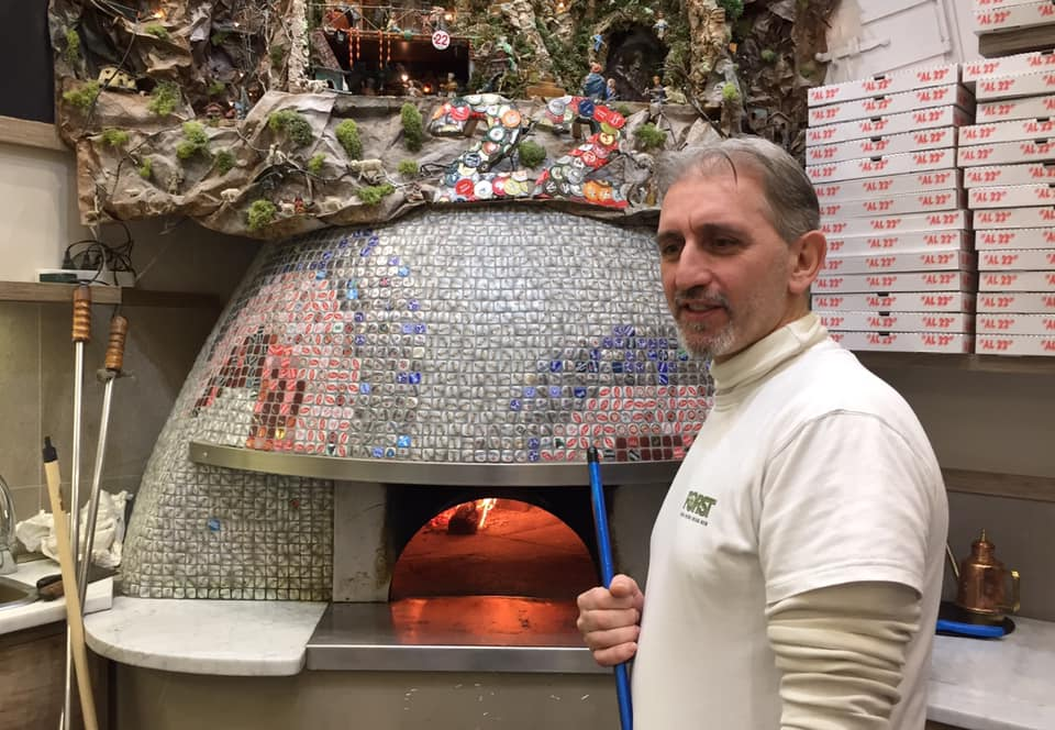 Pizzeria e Trattoria AL 22, al forno, con il presepe