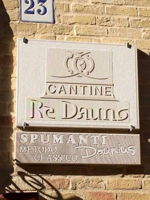 Cantine Re Dauno, l'ingresso