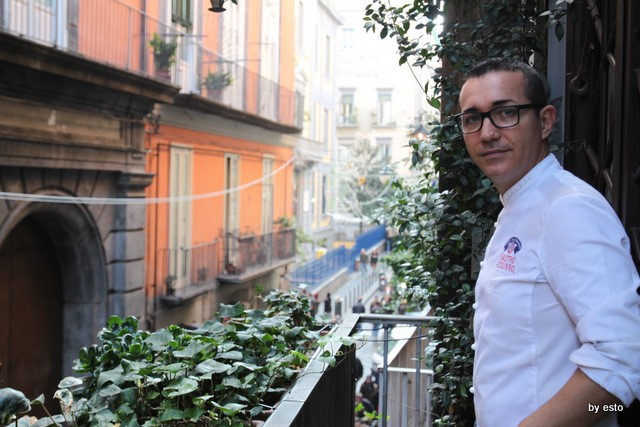 Casa della Pizza di Gino Sorbillo al balcone