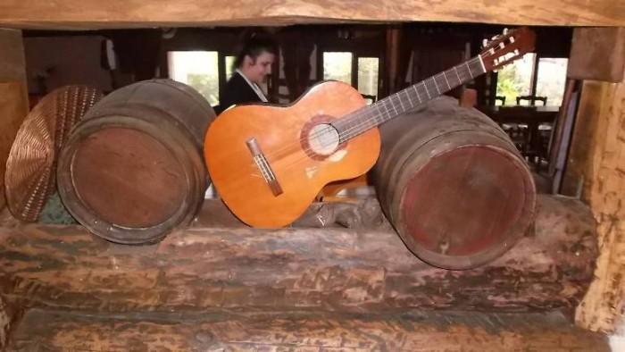 Da Cono, chitarra