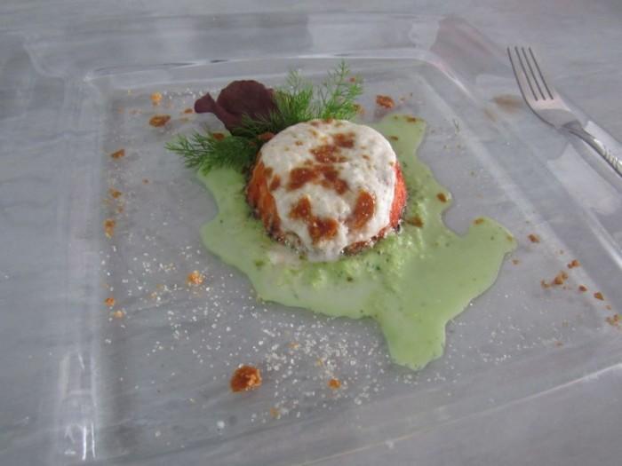 Flan di pomodoro San Marzano, mousse di basilico dolce e spuma di mozzarella caramellata