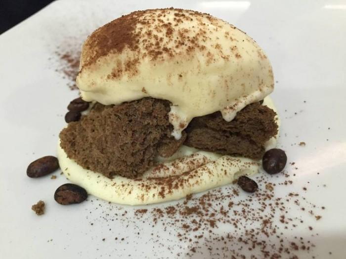 Gerani, Ammazzacaffè, Mousse alla sambuca, biscotto soffiato al caffè e gelato al mascarpone