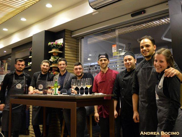 Gigione e Birrificio del Forte, Gennaro Cariulo, lo staff di Gigione al completo e Francesco Mancini