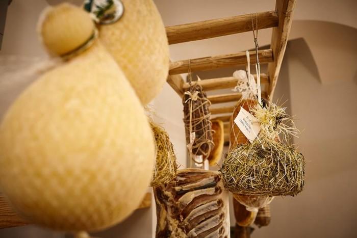 Il Protontino, i formaggi e i caciocavalli podolici