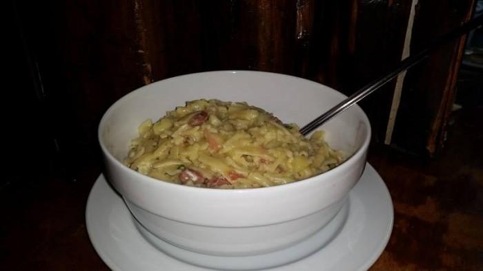 Le Querce, pasta e patate allardata con lardo ed aglio soffritto