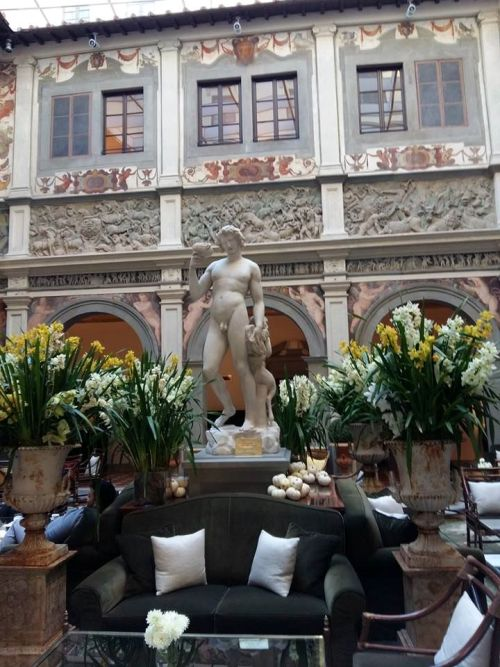 L'ingresso del Four Seasons di Firenze