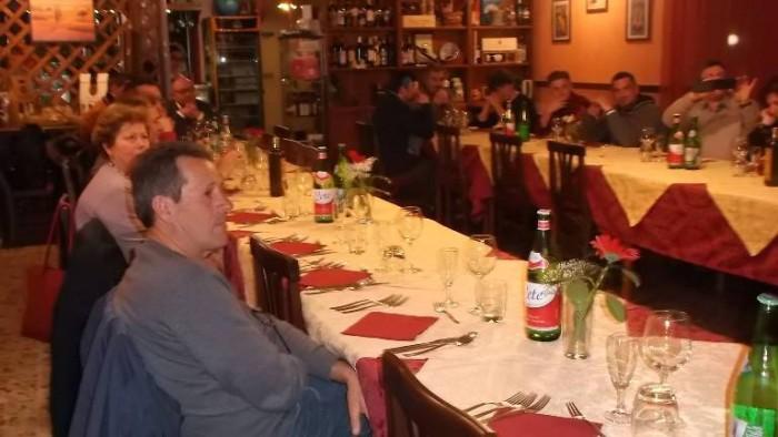 Osteria del Notaro, commensali a tavola