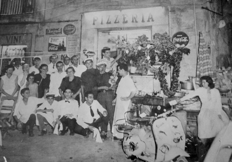 Pizzeria da Pasqualino a Piazza Sannazzaro