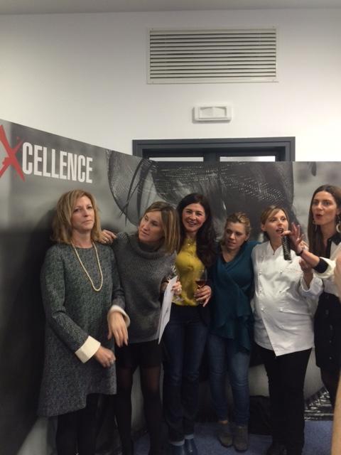 Ricetta di Donna, da sx Clara Barra poi Antonella Pacchiarotti, Iside De Cesare, Giulia Steffanina e Chiara Giannotti