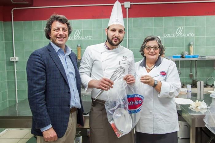 Scuola Dolce e Salato. Alessandro Izzo con la signora   Chirico e Mario Palma