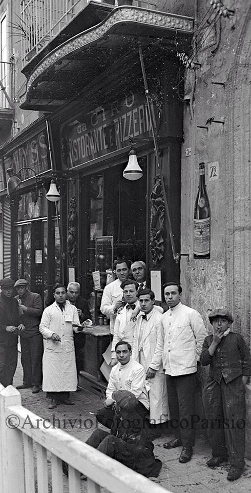 pizzeria Ciro a Santa Brigida nel 1934 - foto dell'Archivio Fotografico Parisio