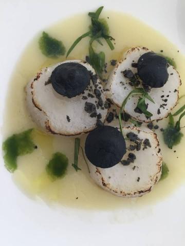 Don Geppi,Il calamaro che diventa capasanta su zuppa di patate