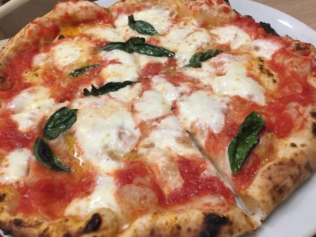 Pizzeria Alba al Vomero, pizza margherita