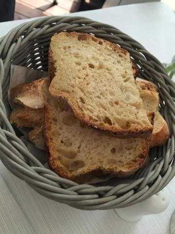Terrazza Calabritto, il pane