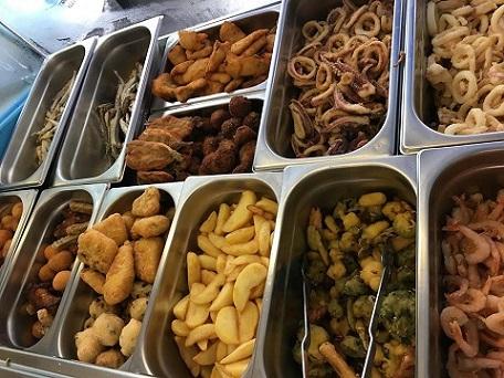 CICA, Banco con varietà di fritti
