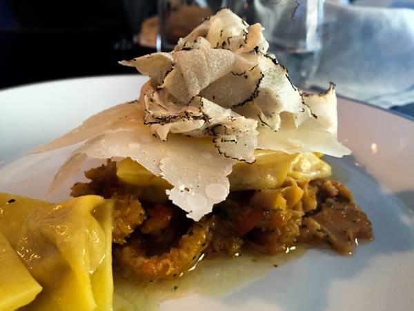 Gurdulù, plin di trippa, tartufo e parmigiano