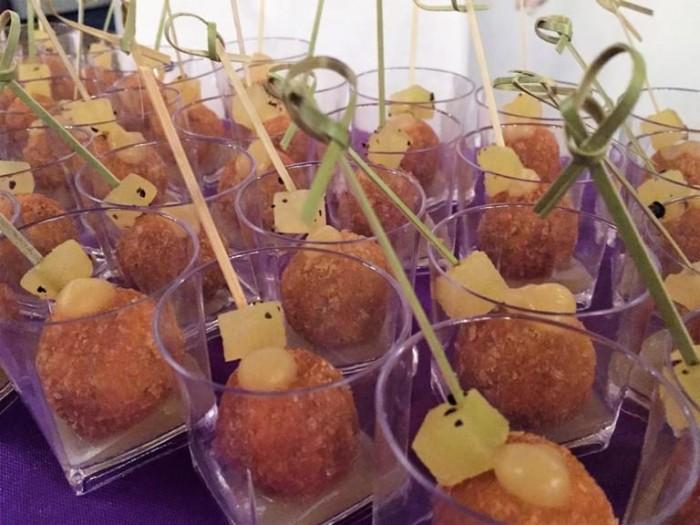 Italia a Tavola, pralina di coscia d'anatra con mela verde croccante di Annie Feolde