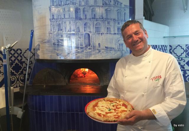 Vesi al Lungomare. Giuseppe Vesi pizza margherita