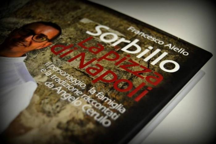 il Libro Sorbillo, La pizza di Napoli