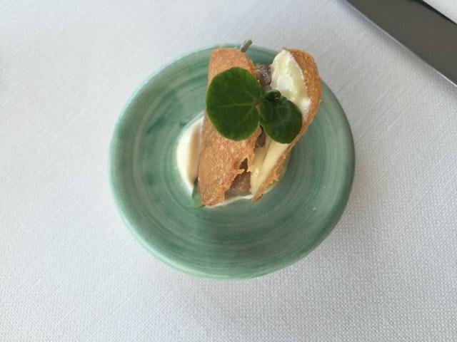 Gennaro Esposito, Sandwich di pastinaca, crocchetta di pollo e rafano