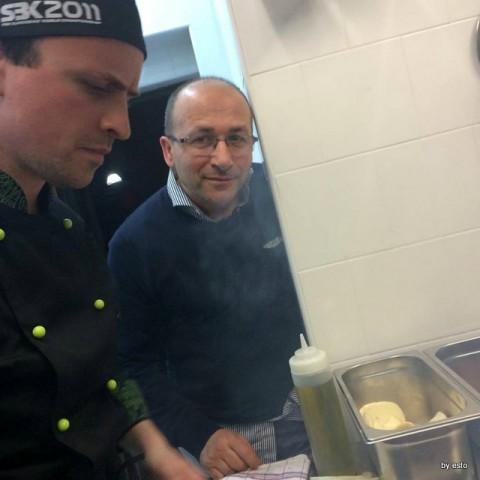 Egidio Cerrone  apre  Puok Burger Store Sabatino Cillo e i suoi hamburger alle prove generali
